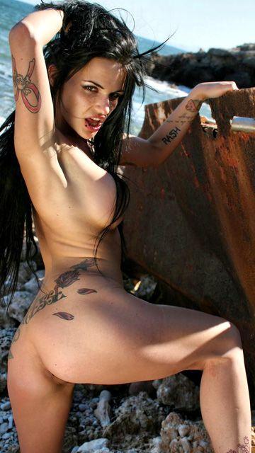 Nina Roberts Free Sexy Photo #018