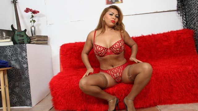 Perla Berne Free Sexy Photo #007