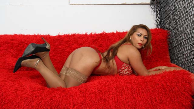 Perla Berne Free Sexy Photo #010