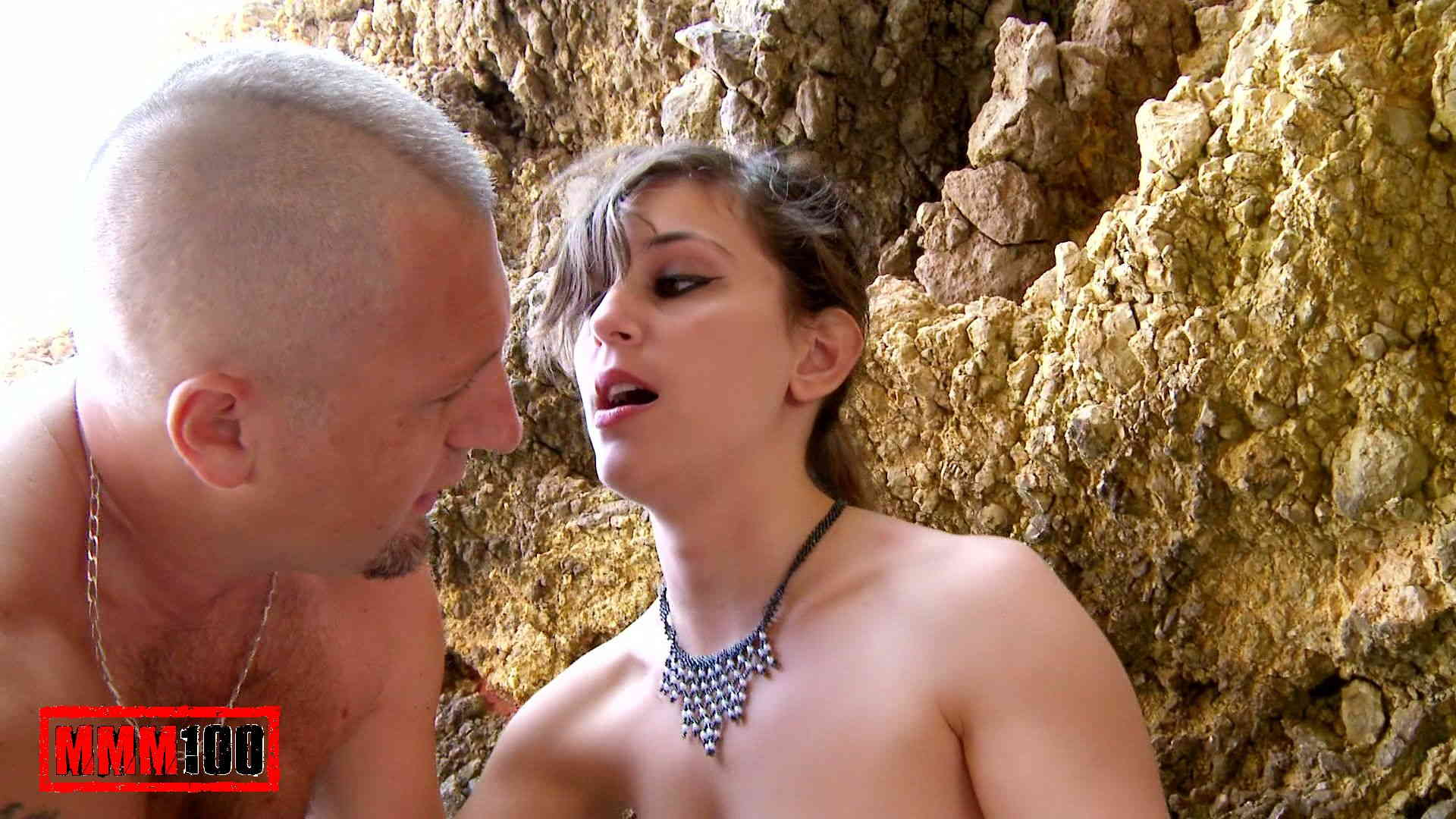 Sex Sizzling Outdoor Lesbian Chicks