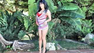 Pretty petite Raquel Love doing a hot ...photo 1