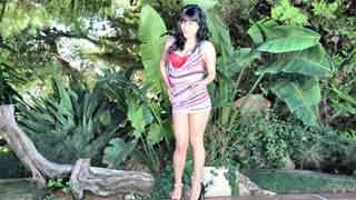 Pretty petite Raquel Love doing a hot ...photo 3