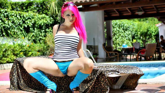 Sabrina Sweet Photo 3