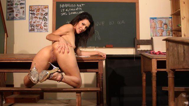 Samia Duarte Photo 3