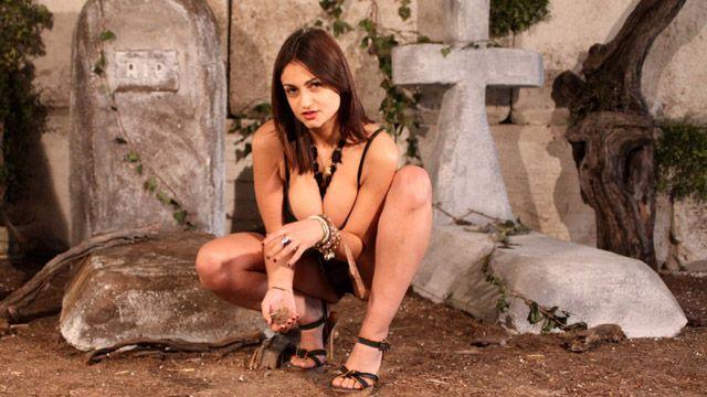Sandra Milka Photo 4
