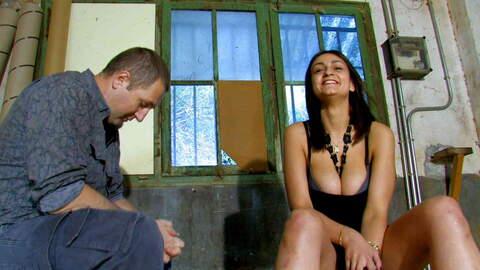 Video interview porno with Sandra Milk...photo 3