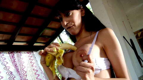 Dick or banana in the pussy ? photo 3