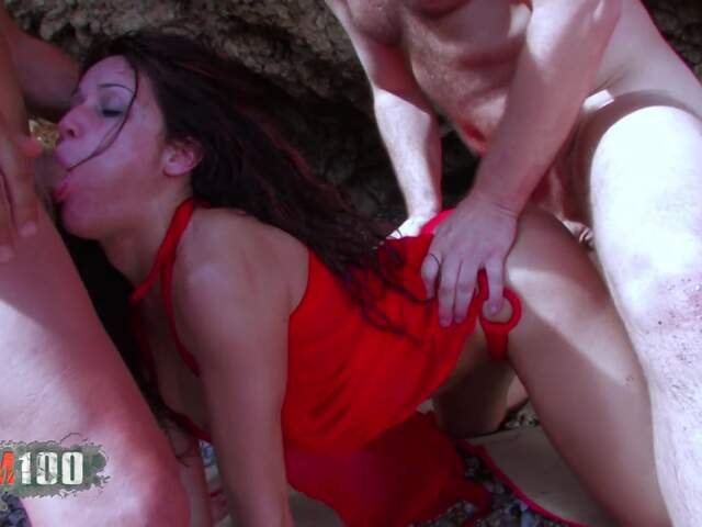 Horny arabian bitch double penetration on the beach   photo 15