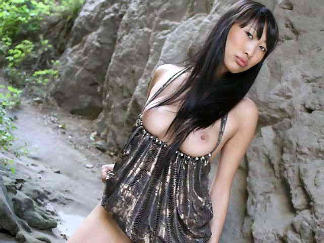 Lovely oriental with big boobs Sharon Lee getting naked   photo 05