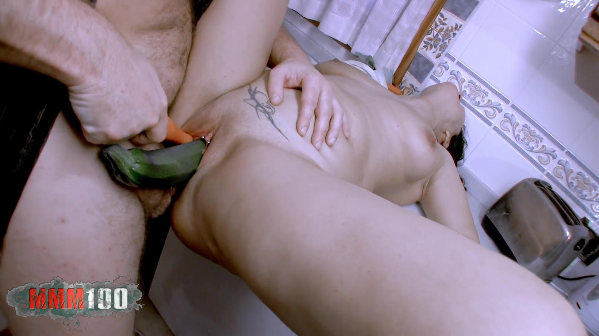 Pelar sexo en la cocina