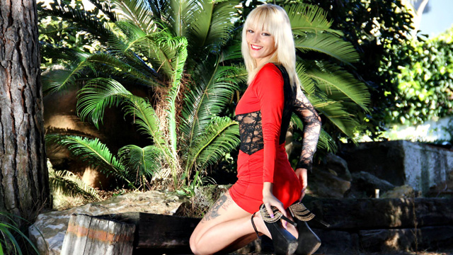 Stefani Tarrago Free Sexy Photo #002