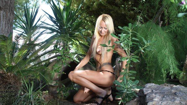 Tamara Dix Photo 1