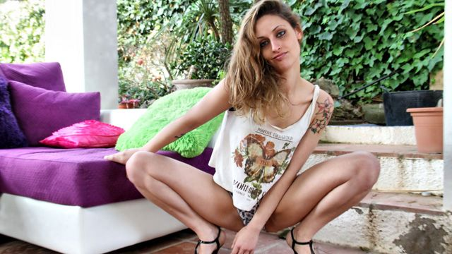 Tania Has Photo 5
