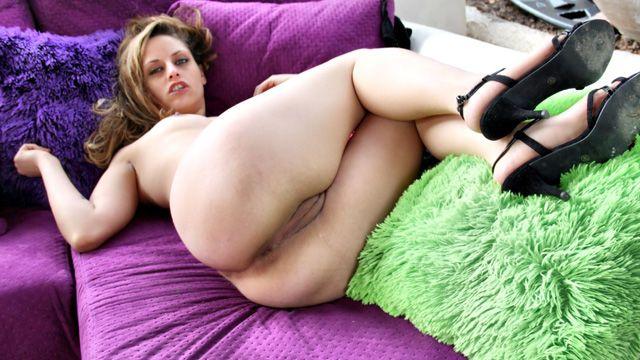 porn pics Tania