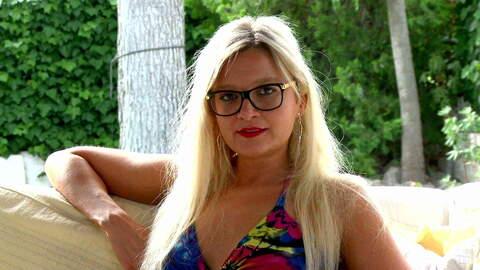 Interview porno with Vanessa Coccolona...photo 4