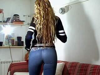 Venus Jean Great blonde with big tits Venus stripping