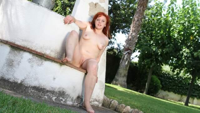 Vicki Valkyrie Photo 2