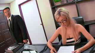 Porn video :   Victoria White Claudio Meloni photo 01