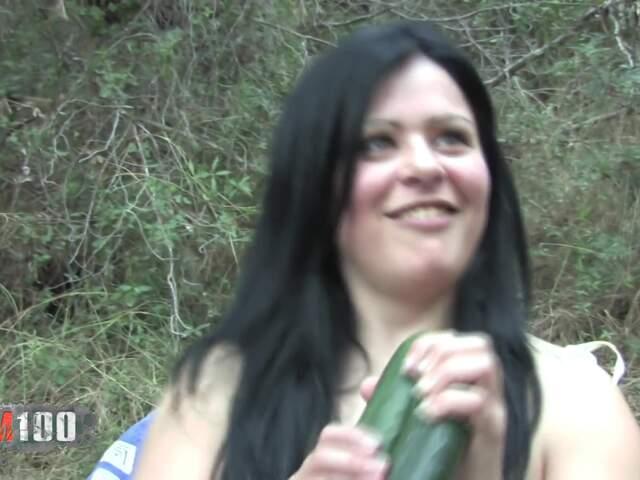 Porn video :   Viky Dayananda Fist photo 01