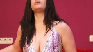 La voluptuous Viky Dayananda stripping...photo 3