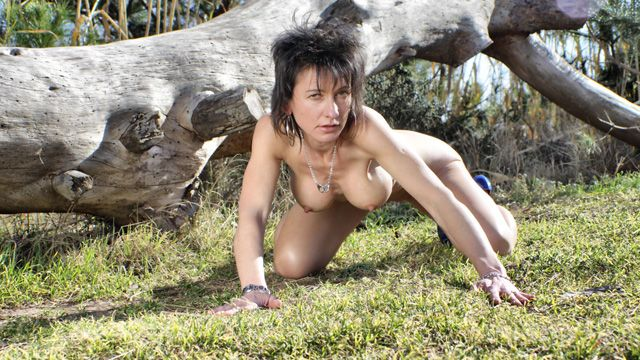 Zaza La Coquine Free Sexy Photo #023