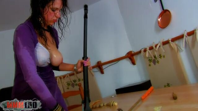 Nathalie Vanadis Mo 05