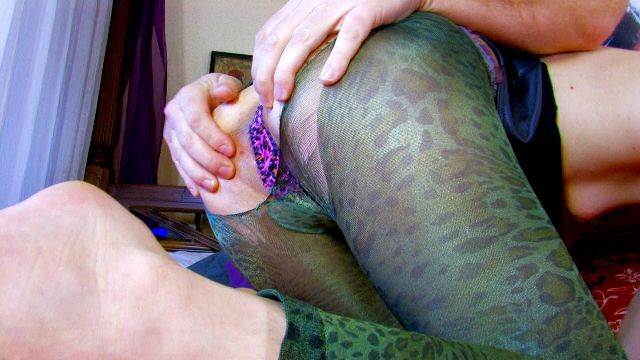 Pantyhose,