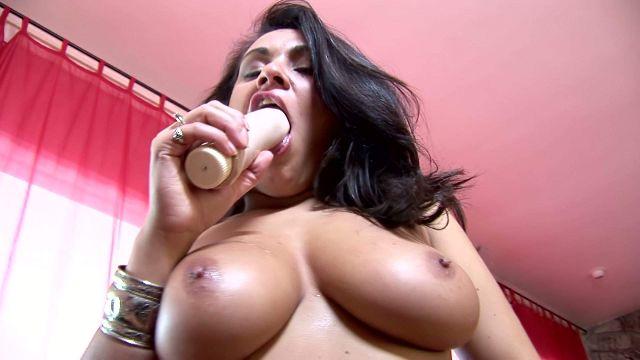Big Tits, Big Tits, huge boobs, busty ladies, silicon or natural