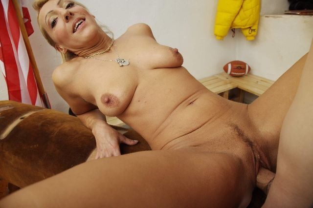 �ltere, Mature, Milf, Cougar, Housewife, Mother