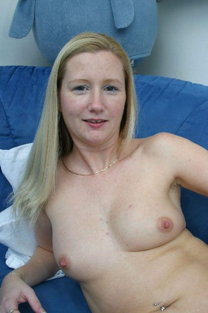 Mature, Mature, Milf, Cougar, Housewife, Mother